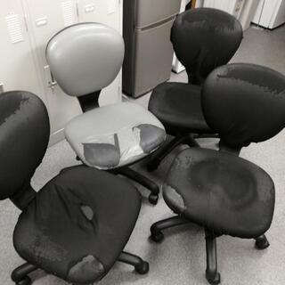 キャスター付き椅子 全4個