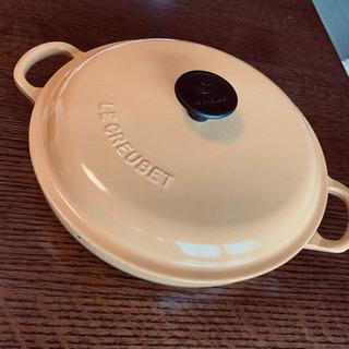 【ネット決済】ル・クルーゼ 蓋付鍋浅型 直径約22cm