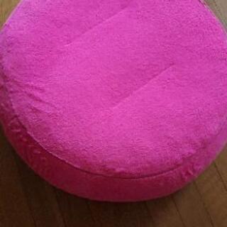 ピンクのクッション