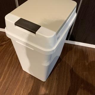 オムツ用ゴミ箱 中古