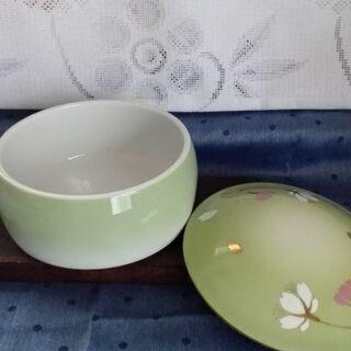 錦松梅あき容器 陶製 白磁【ムベのキッチン】