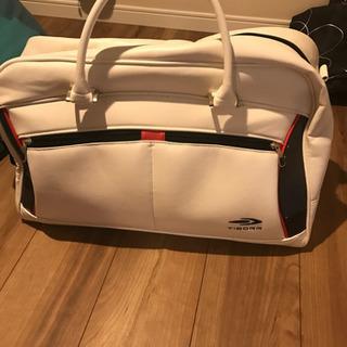 【最終値下げ!ゴルフセット】右利き用 バッグ、ポーチ、ウェアは新品