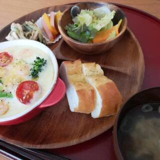 ハンドメイド作品や無農薬野菜を販売している、身体に優しい食堂です☆ - 札幌市