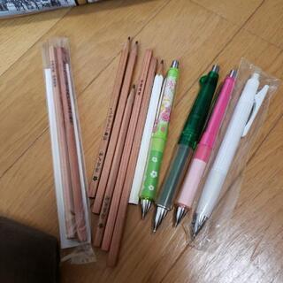 シャーペン 鉛筆