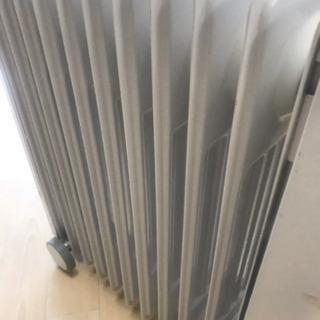 中古 動作確認済 eureks ラジエター式オイルヒーター FX11EH ユーレックス 油入式 可変式 1500W 10畳 - 家電