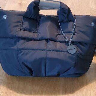 Nouerのバッグ