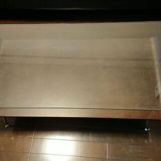 譲ります ガラストップのセンターテーブル PHAGEE ブラウン