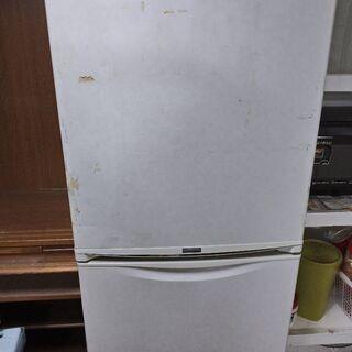 あげます。冷蔵庫3ドア