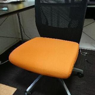 【オカムラ】 ビラージュ メッシュバック 肘なし vcm1(8vcm1a)  オフィスチェアの画像
