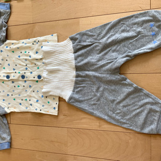 パジャマ 80センチ 2セット 上着2枚