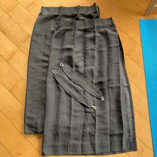 ニトリ カーテン 灰色 サイズ100 x 110 遮光率高め 美...