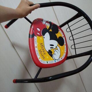 子ども用のミッキー椅子 板が外れてるので修理が出来る方に