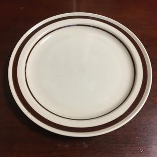 ストーンウェアの平皿