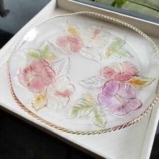 新品未使用 ガラス食器・ガラスボールと大皿ガラス 花柄 - 札幌市