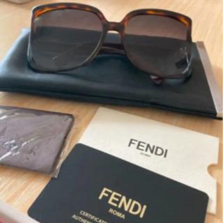 フェンディ サングラス
