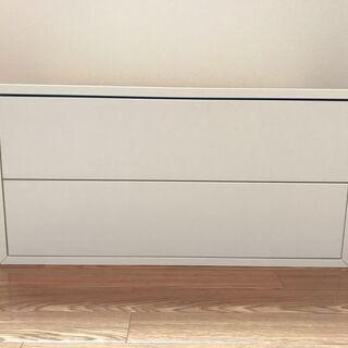 IKEAの白いキャビネット(引き出し)