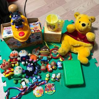 アンパマンおもちゃ色々とプーさんのリュックサック