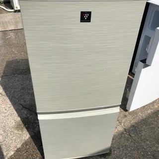 冷蔵庫✩シャープ✩137L✩SJ-PD14T-N✩11年製✩伊奈...