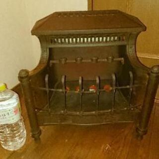 珍品  アンティーク ストーブ  オブジェに、、  暖炉    ...