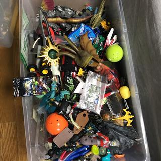 おもちゃ 大量