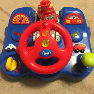 消防車を運転できるおもちゃ 光る!音!振動!
