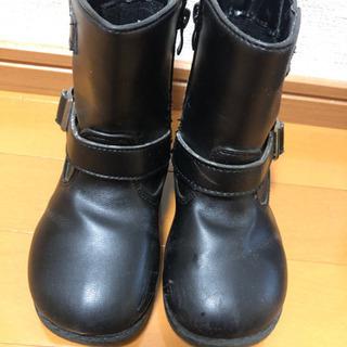 18cm 黒色ブーツ - 高知市