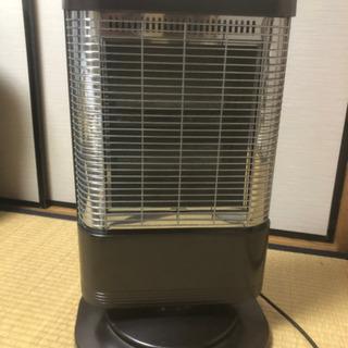 電気ストーブ・定価1万円・付けすぐ暖かくなります!