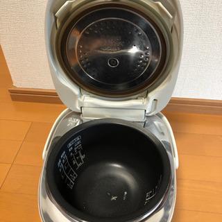 【取引中】東芝 炊飯器 5.5合炊き - 高知市