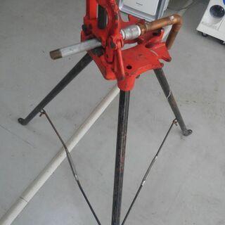 工具 パイプバイス三脚