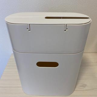コロコロクリーナー 収納容器