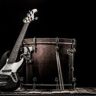 ベース or ドラム 募集