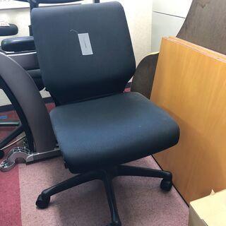 事務用の椅子を取りに来て頂ける方限定で差し上げます。