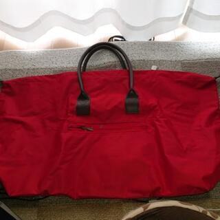 アニエスb. 旅行用バッグ  決まりました。