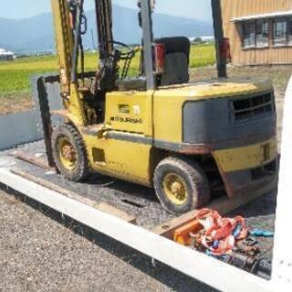 農機具陸送 改造車陸送 フォークリフト 長距離陸送 不動車