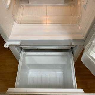 【現在取引中】古い冷蔵庫ですが、普通に使えます。 - 家電