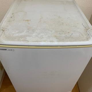 【現在取引中】古い冷蔵庫ですが、普通に使えます。 - 売ります・あげます