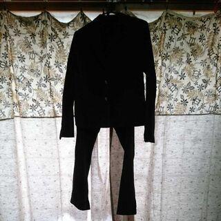 夏~秋のスーツです。