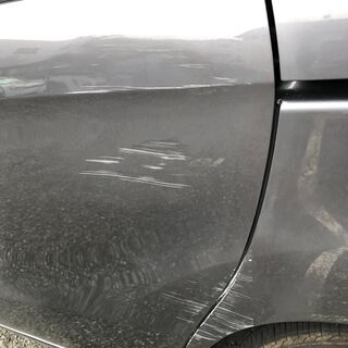 車 スライドドア擦り傷修理