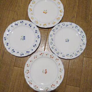 花柄の小皿