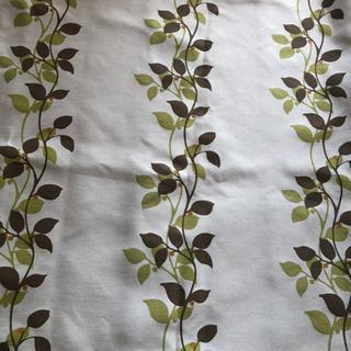 ニトリ 遮光カーテン