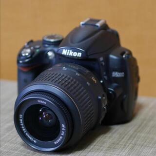【ネット決済・配送可】Nikon D5000 手振れ補正機能付き...