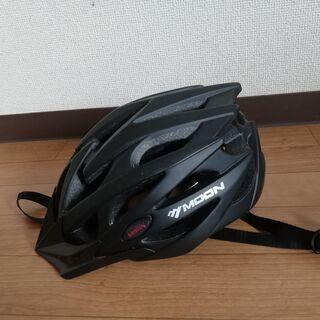 自転車のヘルメット M