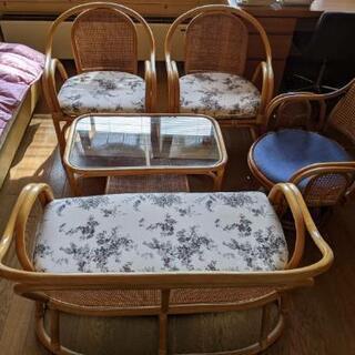 籐 家具 テーブル椅子セットの画像