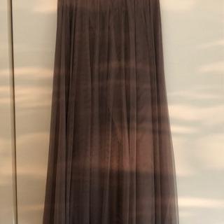 パープルのチュールスカート