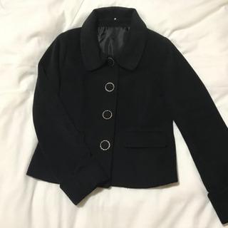 黒 ショートコート くるみ 飾りボタン