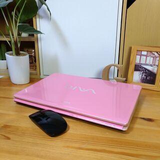 可愛い光沢パステルピンクのVAIO♪ Corei3メモリ4Gで高性能! 美品! 大容量500G! 14inch液晶でちょうどいいサイズ感 メモリ4G  最新Windows10 64Bit  マウス付き  ノートパソコン 無線LAN Wi-Fi対応  DVDドライブ - 売ります・あげます
