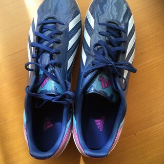 サッカーシューズ adidas(27.5)