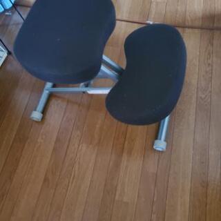 子供用 学習用の椅子