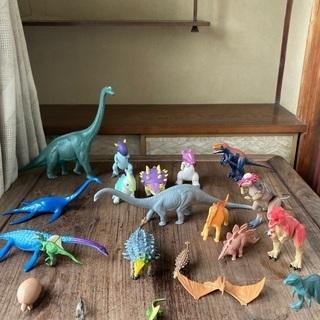 恐竜・翼竜などの模型21体