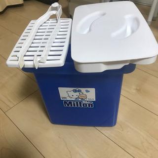 値下げ キティーちゃん仕様ミルトン洗浄容器です。の画像